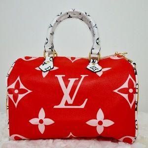 Louis Vuitton 13 x 10 x 6 giant red